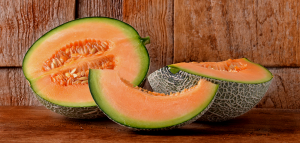 cantaloupe_sliced_735_350-2